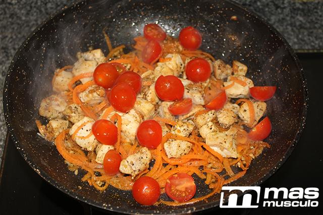 6--Noodles-de-calabacín-con-pollo