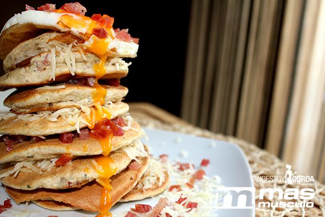 10-Torre-de-tortitas-de-avena-saladas